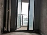 九方城稀缺大平层,电梯17楼,满五唯一,诚心出售,随时看房,急卖