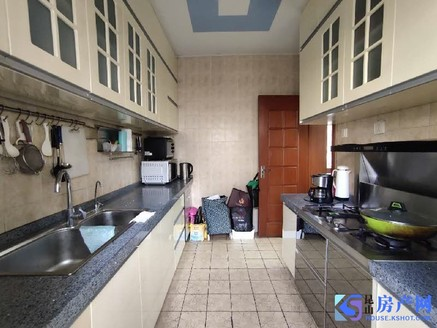 三天必卖 高铁旁 昆城对面单价超低精装大4房 自住保养好 随时看房