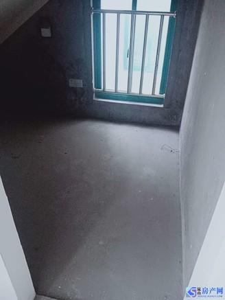 葛江中学房东出国急售80平158万,看房有钥匙,诚心可谈