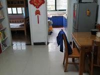 上海星城张浦主干道旁边,满五唯一,学区未用,精装修自住,保养很好,到价就卖!