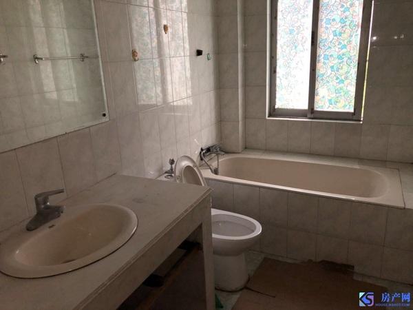 琼花新村:两房 1800,适合陪读,干净清爽