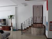 长江花园,错层2房2厅2卫,自住保养新,满两年,送8平车库