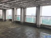 香榭水岸三期大复式,房间都是大开间,阳台都是双阳台,露台三个,有钥匙随时看房