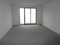 四季华城纯毛坯大两房,三开间朝南,单价1.5万,di市场价,房东置换三房急售可谈