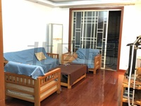 绣衣东村:120平大3房,精装有车库,看房方便
