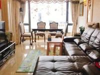 出租时代中央社区3室2厅1卫130平米2800元/月住宅
