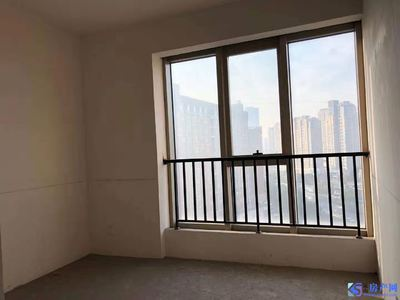 清水毛坯房,南北双阳台,有钥匙随时看房