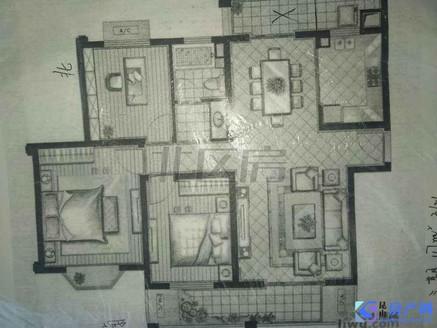 世茂东一号,南北通透三房,带双阳台,两房朝南户型,看房随时有钥匙