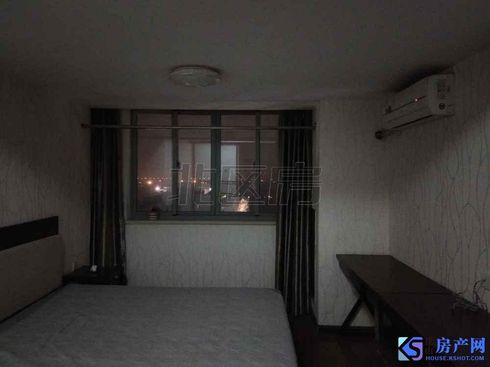优秀酒店 精装单身公寓 家电齐全 拎包入住 景观楼层 诚租