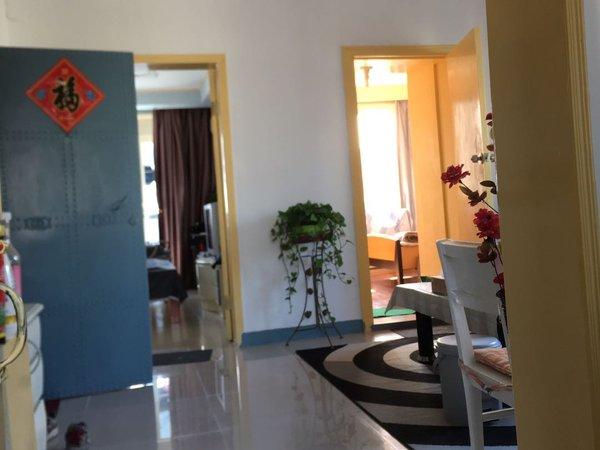 玉龙东村、豪华单间、月租1100