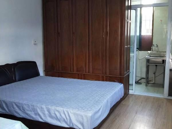 出租海峰园30平米1400元/月住宅