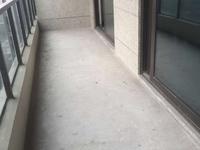 东方国际广场 地铁出口处 毛坯 景观大平层 南北通透 户型好位置佳 好房急卖