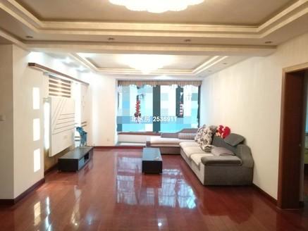 大四房。拎包入住。地铁小区。满2年。重点校区。买了房。要换房。等看房