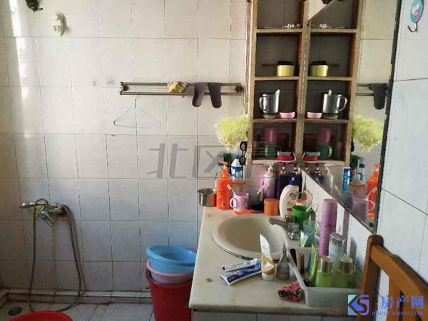 青阳港滨水新城旁 圆明东村 大三房急售 满两年税少