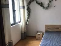 距离上海2公里,精装两房,2 2户型,性价比较高,诚心出售