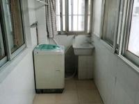 琼花新村小面积。房东自住的非常干净清爽的。