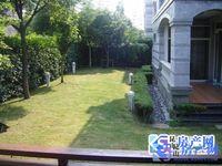 小区门口500米 锦绣蓝湾东边套 纯毛坯 满5唯一 花园大 598万 3套在卖