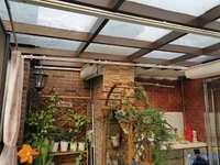 东晶国际花园品质小区,精装复式带超大露台,家具家电全送,房子满两年税少
