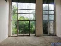 蝶湖湾224平临湖毛坯联排别墅 带60平大花园 送地下室 420万
