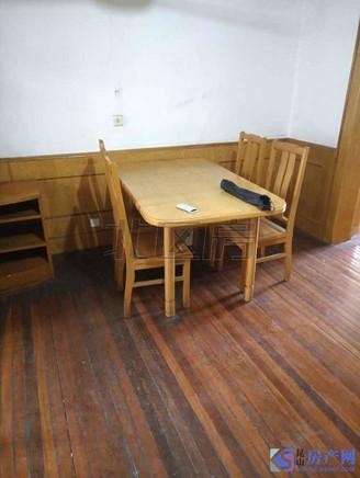 玉龙东村 2室2厅1卫 小户型 景观楼层 交通便利 近地铁 金鹰商圈 位置好