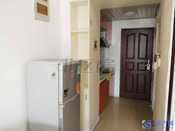 昆山市区 单身公寓 泊仕楼 精装 家电齐全 拎包入住 1300月 看房有钥匙