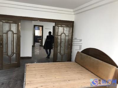 葛江学位房 中间楼层小区中间的位置 葛江大三房