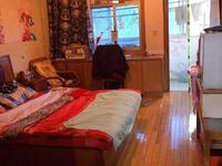 花园路小区3室1厅1卫秀峰中学对面 上学步行路程近 送10平车库