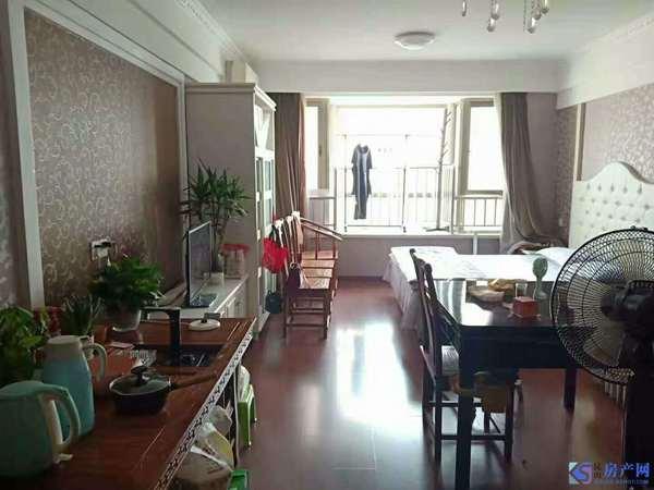 翡翠名都 精装公寓 家电家具全送 随时看房 三面采光 通风好