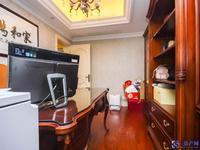 阳澄湖边独栋别墅,占地1.2亩地豪装修,看房方便,诚心出售