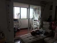 枫情家园,一梯两户,电梯房,精装修,2加1户型,满两年
