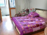 玉虹新村,葛江朝阳双学区都未用,保养很好的精装两房,看房方便,房东诚心出售