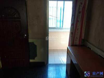 绣衣东村 中间楼层 朝南三室 采光无遮挡 精装出售