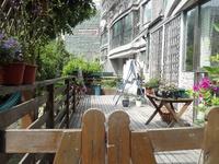 香榭水岸 多套一楼带大花园 精装自住房 优惠出售中,,,花园大,小区绝佳位置