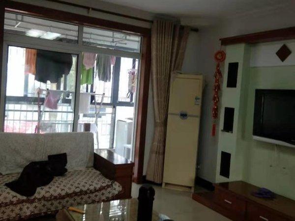 出租凡高公寓 向日葵公社二期 2室2厅1卫84平米2300元/月住宅