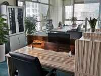 吉田写字楼租金只要4000带办公家具 看房有钥匙 位置好多套可选