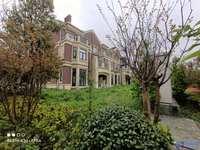 北大资源三期 双拼别墅 满2年 花园面积200平 直面湖景 看房方便