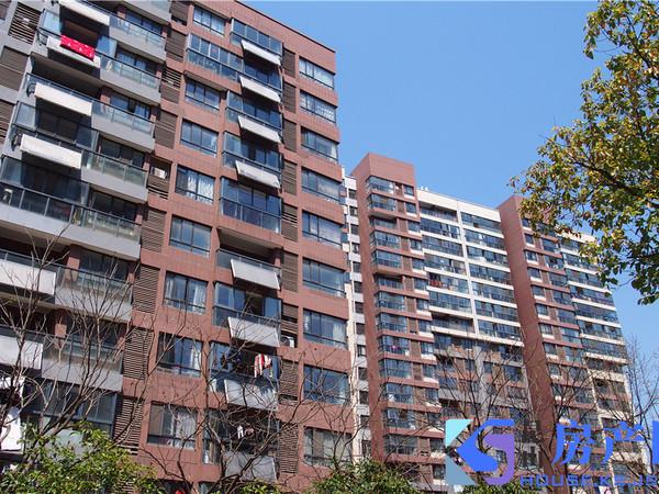 裕元双学区 金塘园 南北通透 阳台甩大 可做三房 位置好 门口学校