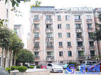 出售新大陆花园3室3厅2卫141平米245万住宅加独立自行车库10平方