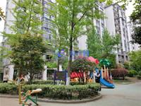 九方城商圈 南北通透大两房 自带稀缺大花园 满两年 房东诚心出售 看房随时