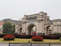 江南明珠苑55平纯一层 年租7万 签约160万