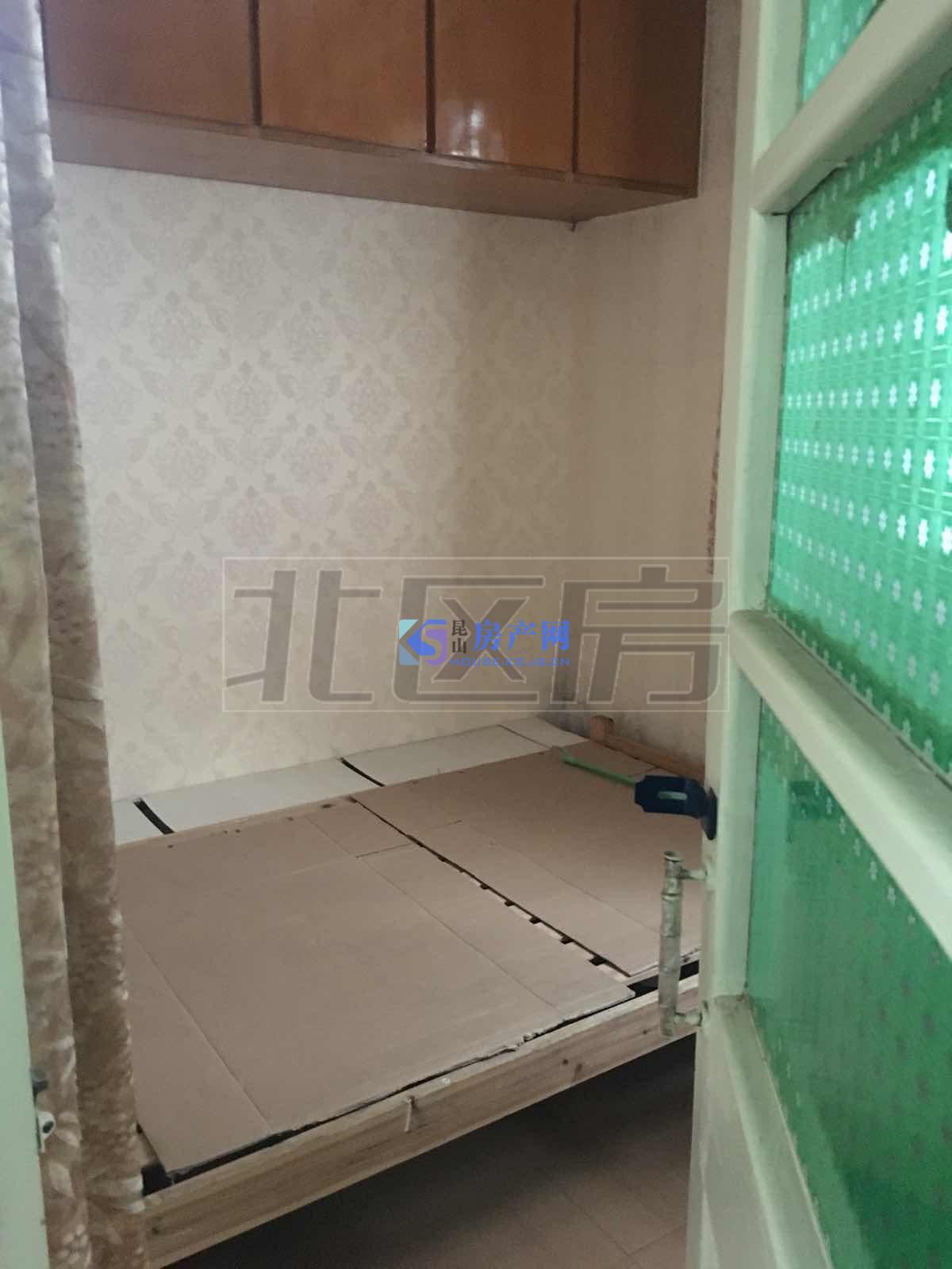 北栅湾小区,精装两房出租,低楼层,交通便利,1500