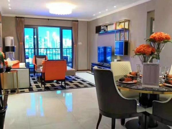 城西改善型,楼间距超100米,一楼采光都无敌,容积率1.8,低于市场价,楼层可选