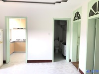 夹浦西村:家具齐全,带车库天然气,拎包入住