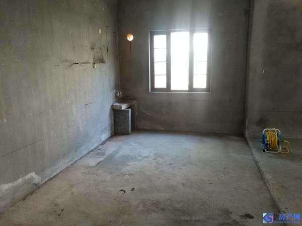 阳澄湖畔独栋性价比之王 檀香园独栋单价仅22000 花园超大 有钥匙看房