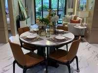 张浦江南春堤玫瑰苑,满五唯一,产证面积168平,另外赠送25平,置换急售152万