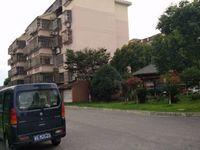 年丰花园93平方 两房可改三房 93平送车库 100万