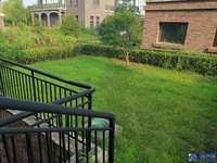 阳澄湖高端别墅区 双拼东边套 清水毛坯 花园超大 位置好 满两年 有钥匙随时看房