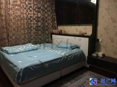 金色港湾 本月刚出的新房源 看中价格可谈 看房随时 首付90万