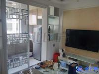 蓬曦园c5区小两房,精装修自住,保养得很好,房东换大房诚心出售,看房提前约。
