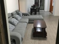 出租世茂东外滩3室2厅1卫107平米3000元/月住宅